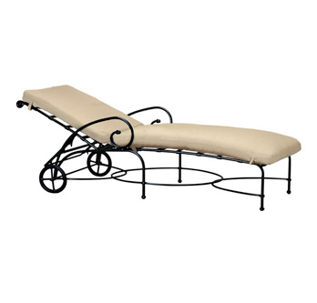 transat relax et fauteuil de piscine en fer forg. Black Bedroom Furniture Sets. Home Design Ideas