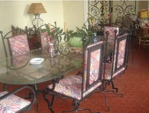 Mobilier de jardin en fer forg canap meubles dcoration - Table de jardin new york toulon ...