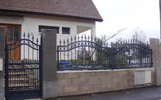 Grille, clôture, en, fer, forgé, extérieur, jardin, villa, maison ...